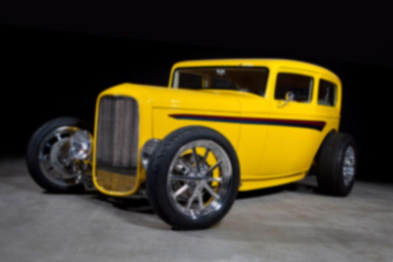 32_Ford_Tudor_Intro_1_1495x992